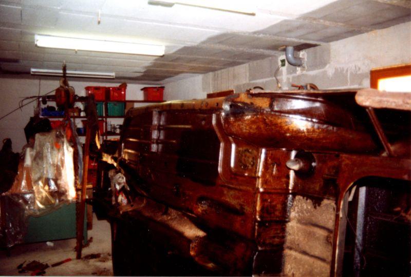 leoblack 403 archives du blog d montage et r fection de bas de caisse aille. Black Bedroom Furniture Sets. Home Design Ideas